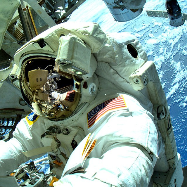 Well suited...Early forms of #geoprene were on every Apollo space mission PC @nasa #makeitbetter #lovematuse #ckth