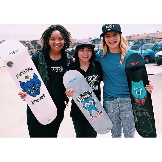 AMAZING NEWS! @alanasmithskate @allyshabergado and @samarriabrevard just went pro for @hooplaskate !!! We are so happy and proud!!! Congratulations!!!