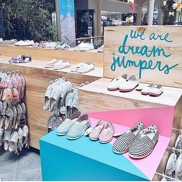 Ya llegaron los nuevos modelos de summer 15 a nuestras tiendas. Corre a verlos! Más info en www.paez.com/locations