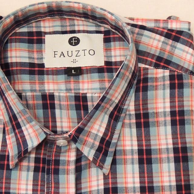 Dato>> Hoy, hace 74 años, nacía Eric Burdon, líder de The Animals.  #CamisaMiesVan #Fauzto