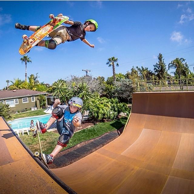 Rad double run of @tatecarew over his friend @evansk8r . Tate wears the S1 Lifer Helmet. Photo by @jagrivera #antijudo #frigidair #doublesrun #california #skateparadise #skatedreams #skateboarding #skateboarding #s1helmets