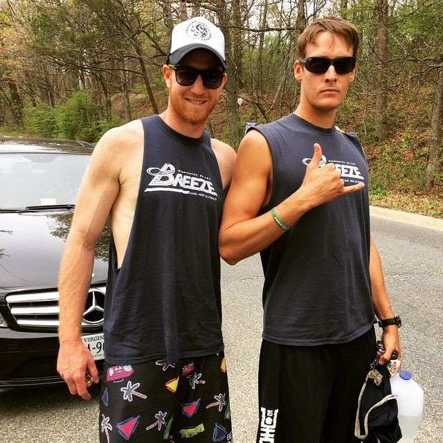 Suns out, guns out in your #waveborn shades this summer #doyouevenliftbro #dcbreeze #audl #findthesun #sleevesareoptional @thedcbreeze