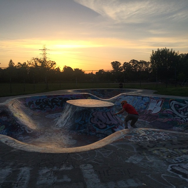 Sunset shred sesh last night with the homies @oriihiluoma @baylaser