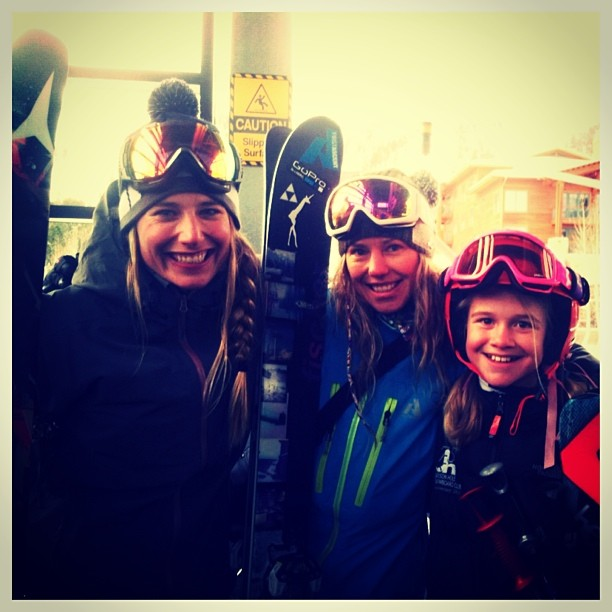 #tbt Crushing tram laps on #IWSD with this crew. @lynseydyer @kakiorr @k2_ski_alliance @jhbabeforce #ladyshred #getoutside #jumpout