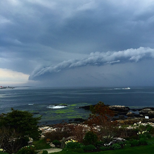 It's typically hard to miss storm fronts when they are rolling in off the ocean in Maine! @wcsh6
