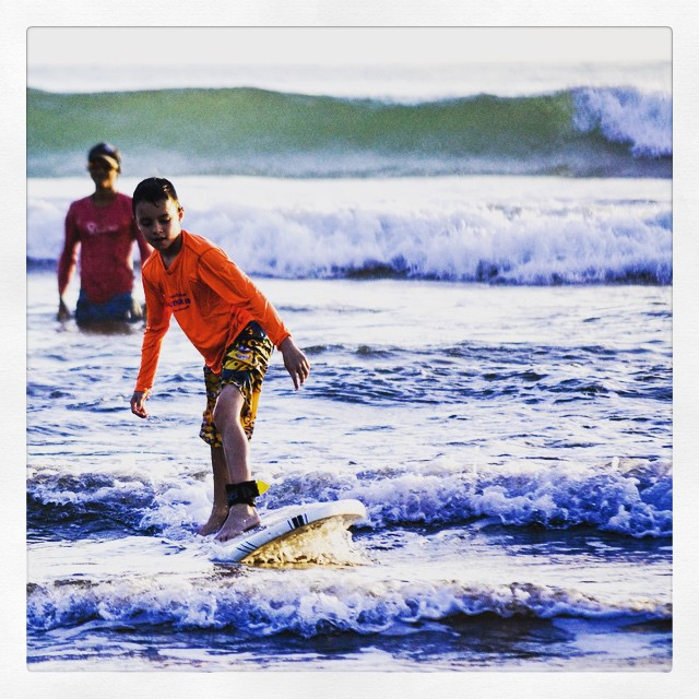 What better way to spend summer vacations than with your kids, learning an excellent life skill like #surfing? Inquire about your family summer vacation today! #TravelTipTuesday