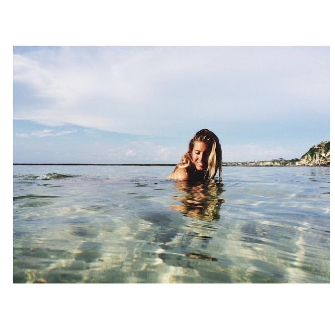 Don't forget to take your vitamin sea!    @shantalcachela in #padang #bali