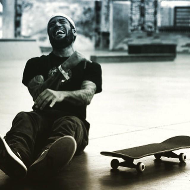 Feeling the joy in this shot of @benharper #skateboarding #skatelife #skate #skateboardingisfun #smile #stokedmoment #benharper