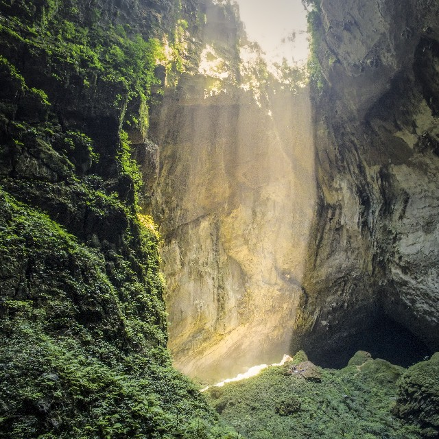Get 'em a Bia hoi!  On May 13, 2015, #DJI and @GoodMorningAmerica went to explore the Hang Son Doong Caves in Vietnam.  Flown deep into the jungle by a Russian helicopter in 42C heat and 100% humidity, DJI's Director of Education, Romeo Durscher and...