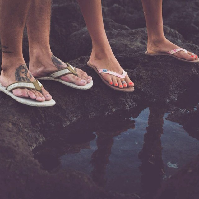 Trippin' around the tide pools in the #Innertubed and #GrassMatSandal