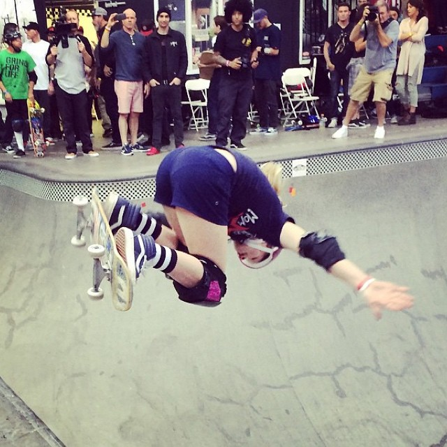 @poppystarr held it down for the girls along with @brightonzeuner during the #vanspoolparty amateur demo . #ladiesofshred