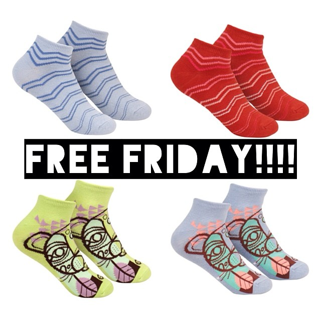 Free woman's socks!!! Tag ten friends in the comments and you could win!!!! Or use the code SOCKSFF and save 15% off on woman's socks. Cuipo.org  1 winner will be picked monday. #freefriday #free #friday #cuipo #freestuff