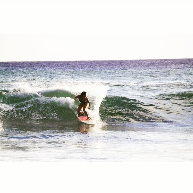 @huntahlong enjoying the wave #surf #skate #hawaii #xsteam