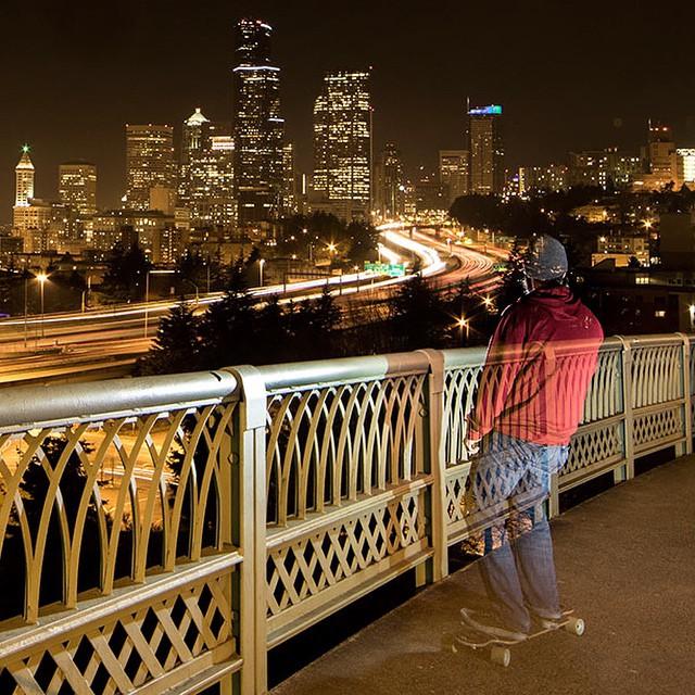 Taking in the view of downtown Seattle on the Urban Native. #seattle  #longboard #longboarding #longboarder #dblongboards #goskate #shred #rad #stoked #skateboard #skateeveryday