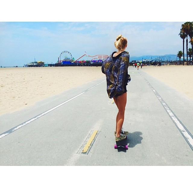 Built from cruising. Strand laps from Venice to Santa Monica with @caydenedman #NetsToDecks