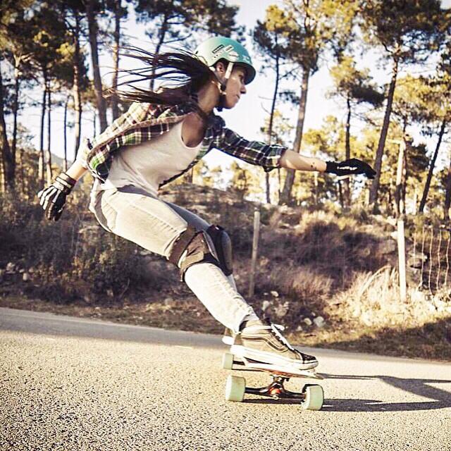 @valeriakechichian featured on @Espn talking about Longboard Girls Crew, her life, work & why it's so important to keep working supporting women. Link in our bio (only in Spanish, sorry!) •  Nuestra Directora @valeriakechichian en @Espn hablando de...