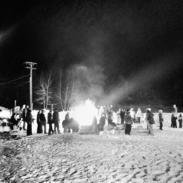 @crotched_mountain block party poppin off. #bonfire #crotched #blockparty #snowboarding #steezmagazine