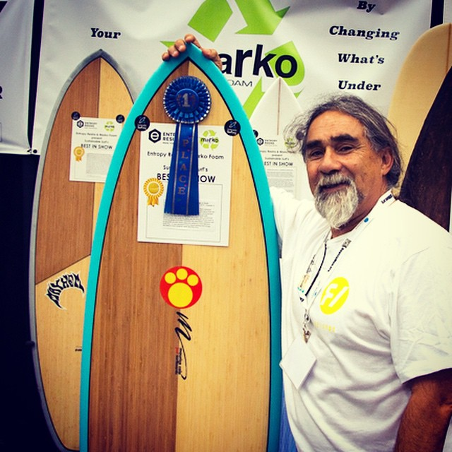 Double Skakas going out to Maurice Cole @mcsurfboards, for winning the grand prize overall 'Best in Show' award (as well as the winner of  the 'Best Modern Performance' category) at this year's @boardroomshow . ---Maurice's winning surfboard got the...