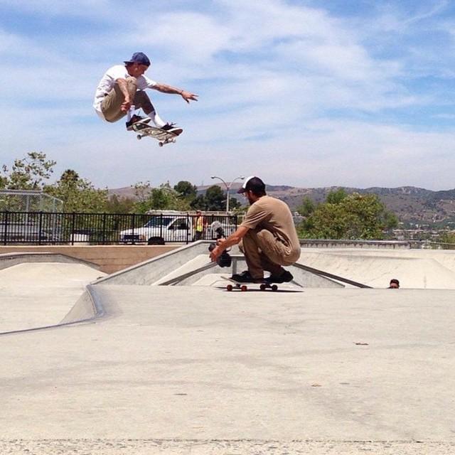 Ryan Sheckler throwing it down! #revbalance #findyourbalance #balanceboards #supportyourriders #madeinusa #boardsports #skate #wakeandskate #skateboarding #skatepark #bruh #bro #tricks #progression #rideallday #instagood #instadaily #picoftheday