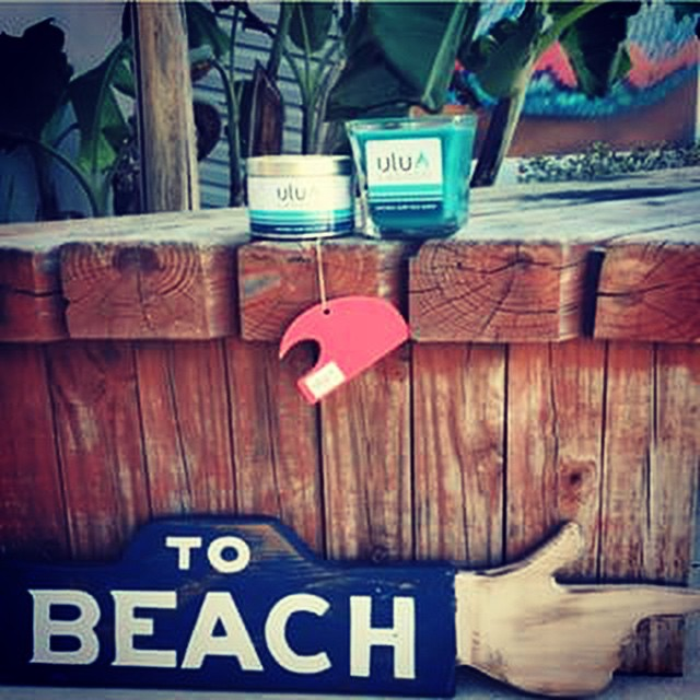 Big thanks to @aquaeastsurfshop for the shot! Find a wide selection of #uluLAGOON products at #AquaEastSurfShop along with all your other surf essentials. Get them while they're hot.  #surfshop #teamup #florida #surf #smellsbomb #candles #beach #instagood