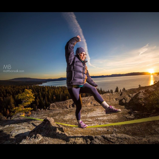 Balance even before her cup of ☕️ #slackline #sunrise #sisterhoodofshred