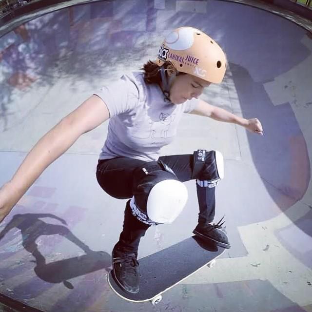 @huntahlong skate selfie Hawaii #xshelmets #xsteam #skate #skatebikeboardski