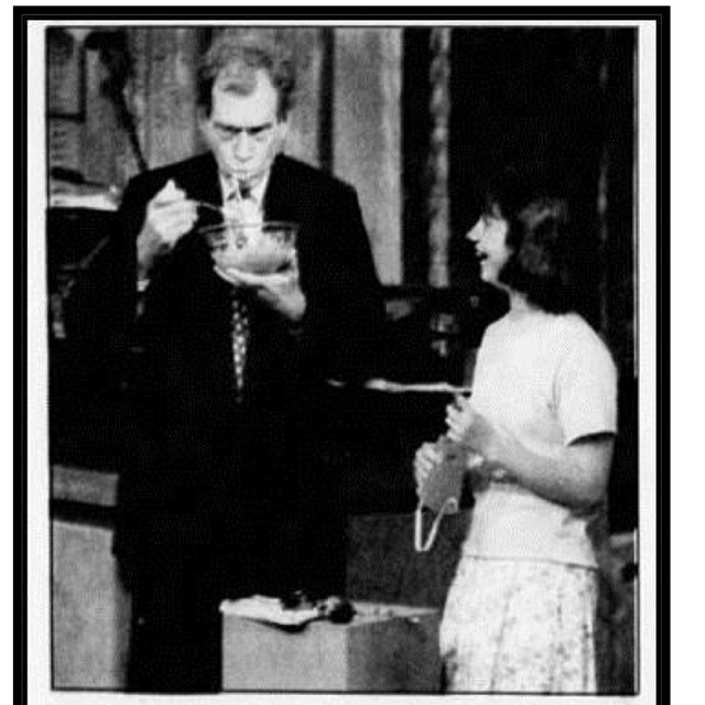 #tbt to that time #kindafancy founder @linny8990 was a kid inventor on #davidletterman for the spaghetti trough.  Let's hope she's gotten smarter with age... Thanks for the years of laughter Dave!