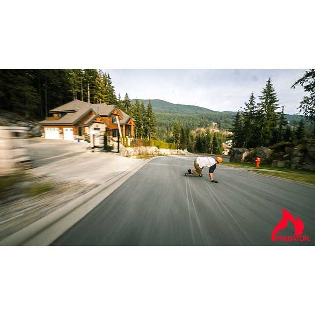 @apiihaia mobbing fast in his new raw run filmed a while back. Link in bio.  These are all clips from a larger project we plan to release. Shout out to @adnanzare and #mindwelle for the awesome work. #predatorhelmets #predatorteam...