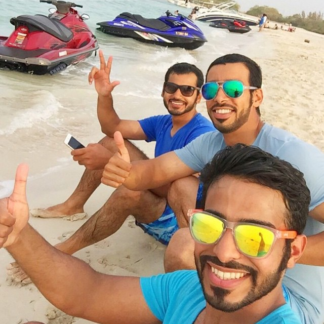 Nothing like kickin' it on the beach with your homies after a good day of jet skiing in Dubai! Tag your crew below!  Memorial Day SALE: Get 30% off when you register for the Adventure hunt! Just tap link in bio to start! Kameleonz.com