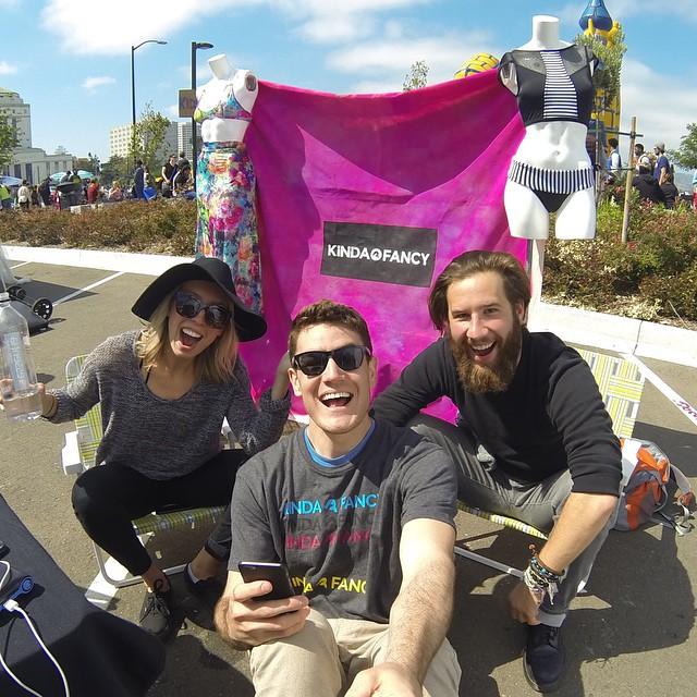 Suns out funs out! #selfiestick #eastlakemusicfestival #oakydokey #kindafancy
