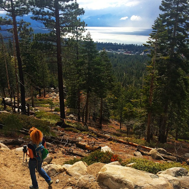 Memorial weekend with the family! We got an hour window to enjoy some sunshine before it began to rain again. Stoked to share this beautiful place with the people I love! #vansickle #sappysage #laketahoe #hike #beccaandmarkwedding @stcrossfit @dakine...
