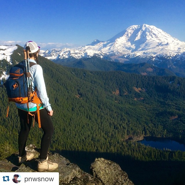 Absolutely stunning. @pnwsnow ・・・ #tbt Having a moment this evening thinking about life and the expectations we place on ourselves... Things we want to do, places we want to see and all by a certain point in our lives... We were supposed to summit...