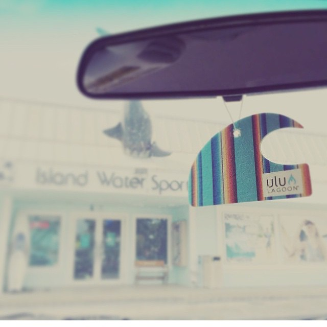 Regram from IWS in Deerfield Beach,FL where you can find everything ulu LAGOON! Thanks again IWS crew. The real deal shops and people....stock real deal products for their customers! #darealz #dabomb @islandwatersports #becauseshredsaidit #fl...