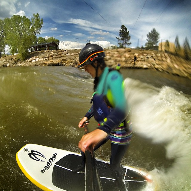 Super fun river surf session today on the Ponderosa wave in Durango, Co. I'm finally getting the hang of it! Loving how stable the @badfishsup Inflatable River Surfer is!! Stoke is high!! @boardworkssurfsup #welivewater