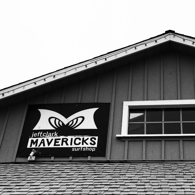 Right here and no time to surf. That hurts. #Mavericks #jeffclark #halfmoonbay #ca #roadtrip #coldwatersurf