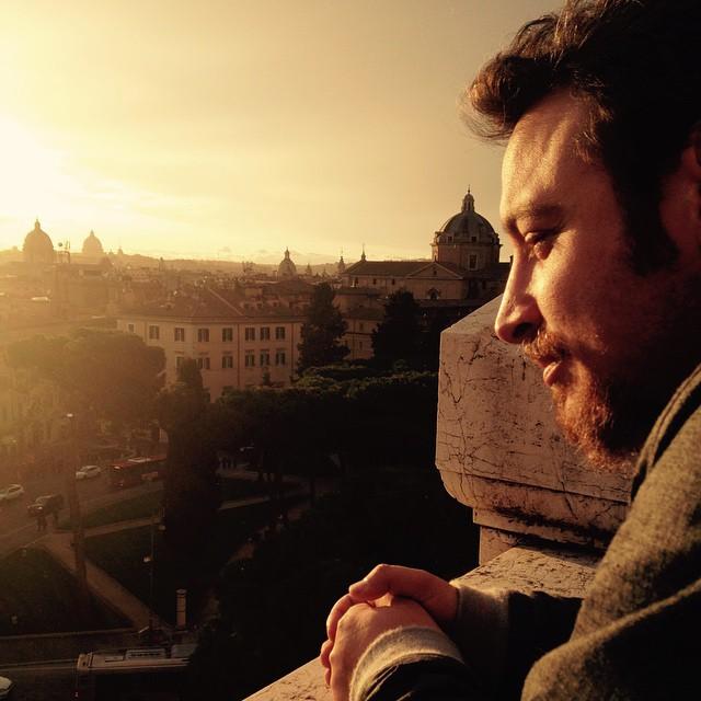 When in Rome.... #iseeyou #roma #nofilterneeded #worshiphiatus