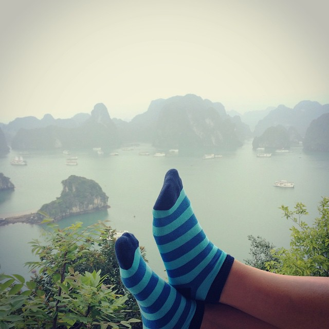 #ViernesDeViaje en la bahía de #HaLong #Vietnam #MediasConOnda Love your world. Love your Suarez.