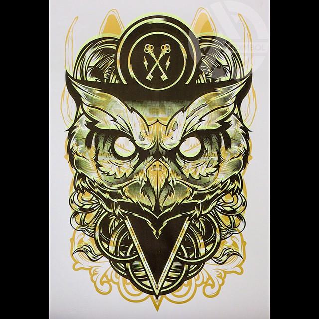 @hydrosevenfour= Evil genius. ||| Asymbol Owl in gold. #asymbolart #hydro74 #asymbolartist