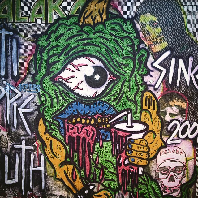 consegui las pilchas #urbanroach en @kalaka.store #galeria #bondstreet #buenosaires #ropacononda #streetart