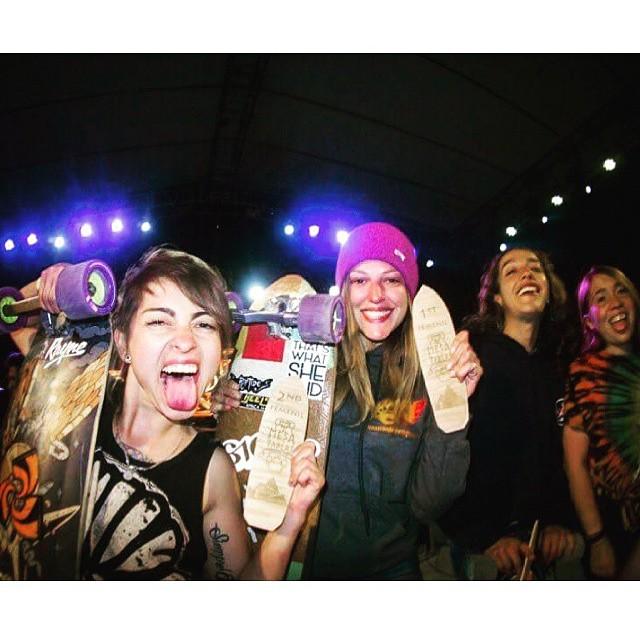 Repost from @chelagiraldo  @mesalongboardfest Women's Podium!  1. @spokywoky (France) 2. @chelagiraldo (Colombia) 3. Valeria Figueroa (Mexico) 4. Gogo  Awesome ladies, amazing event! Vamos Mexico!  #longboardgirlscrew #mesalongboardfest #mexico...