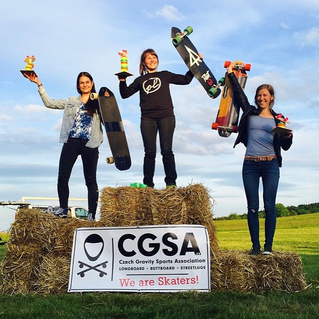 And another podium from this past weekend!  Grim Mountain in Czech Republic was ace. Congrats to all the ladies racing! 1. @lilian.gutsch  2. @myrjam.weissschuh  3. Susanne Heine 4. @vallery_v  #longboardgirlscrew #grimmountain #womensupportingwomen...