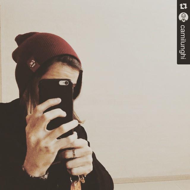 #Repost @camilunghi with @repostapp. ・・・ Gorrito nuevo <3 #VSCOcam #urbanroach #UR #beanie #winter