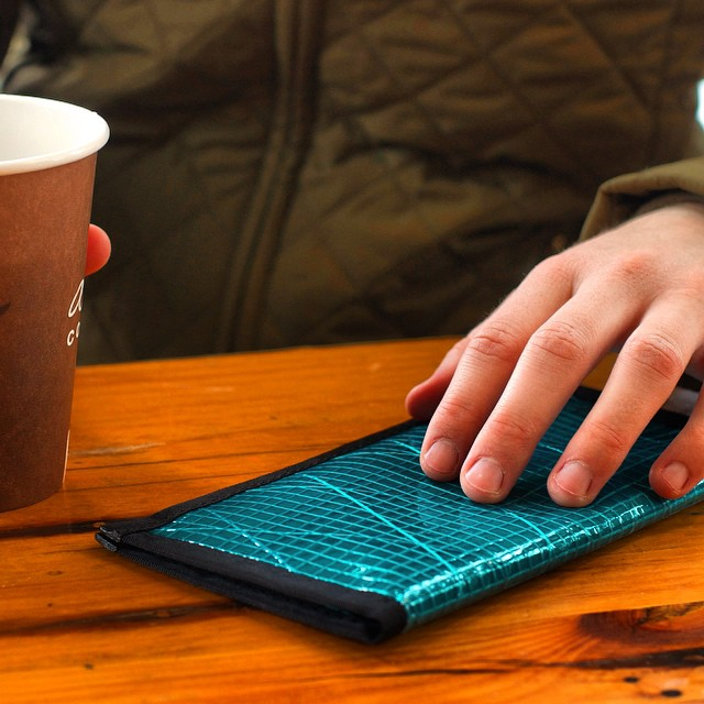 The NEW #flowfold Altruist checkbook wallet is svelte and striking, especially in cyan. This wallet accommodates your checks, cash, cards, and a smartphone as well. Find your color using the link in our profile. $40 with a Lifetime Warranty and 100%...
