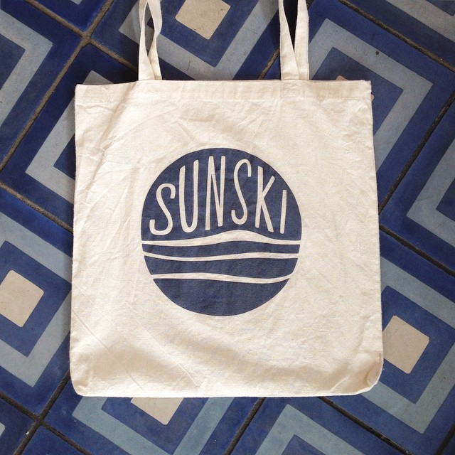 What do you guys think of this canvas Sunski tote?
