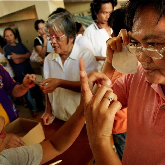 Nearly 80% of the world's blindness is preventable. By purchasing a pair of #SOLOeyewear sunglasses, you're helping fund eye care for people in need. Thanks for helping the cause! #MissionToGive #GiveBack #MakeaDifference