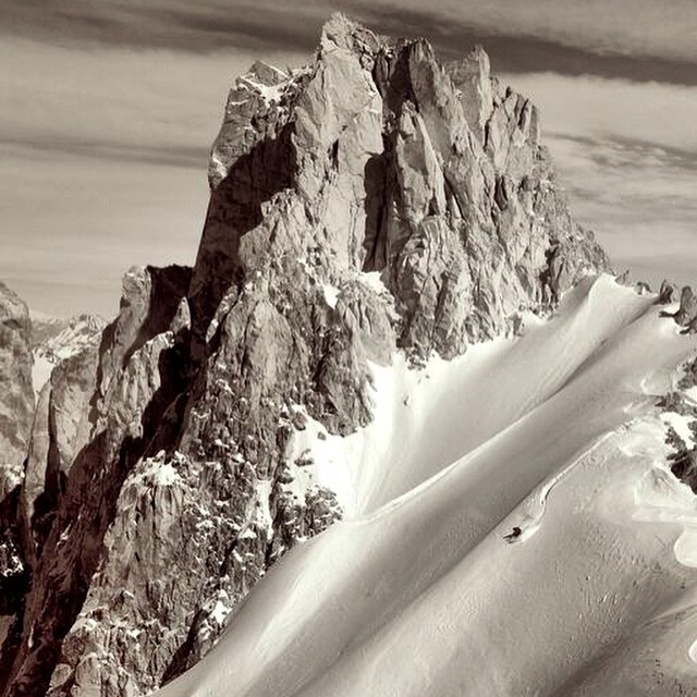 Dreaming of soft turns in the southern hemisphere. Best wishes to those chasing powder this summer! // Location: Torrecillas, Las Lenas, Argentina #soulpoles #qualityshafts #soulfulsituations #spreadyoursoul #LasLenas #Torrecillas #chasingpowder