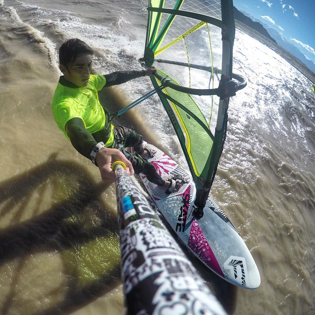 @pedrorozin haciendo #windsurf con su #ZephyrPole !!