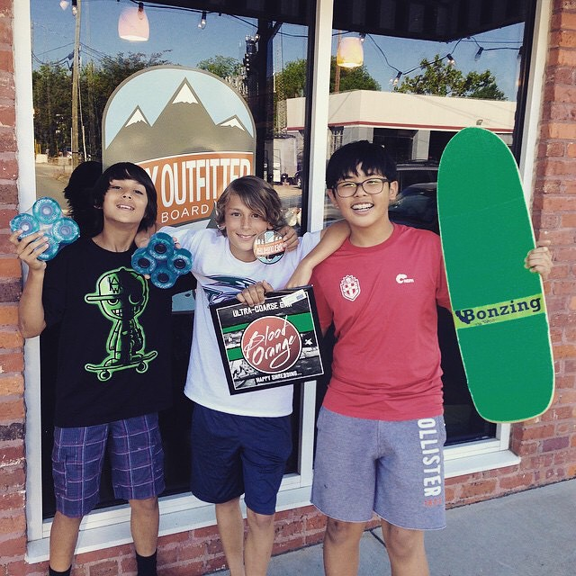 Shop spotlight! @apexboardshop out of North Carolina is locally owned and is stoking kids out!  We love seeing these smiles! Apex Board Shop is located in downtown Apex, North Carolina. Get there!  #bonzing #sanfrancisco #skateboard #shapers #artists