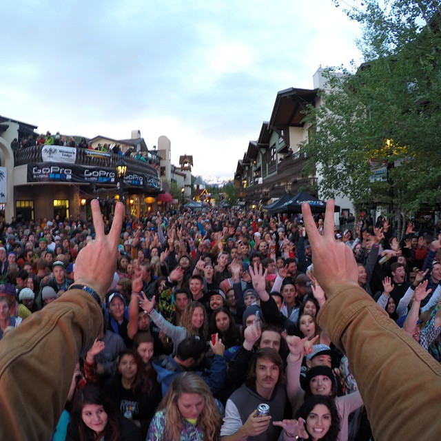 The crowd at @VailMtn is stoked for @phillyglove tonight at the #GoProMtnGames, come jam with us! Thanks to @downcomfort for the rad photo. #GoProMusic #GoPro