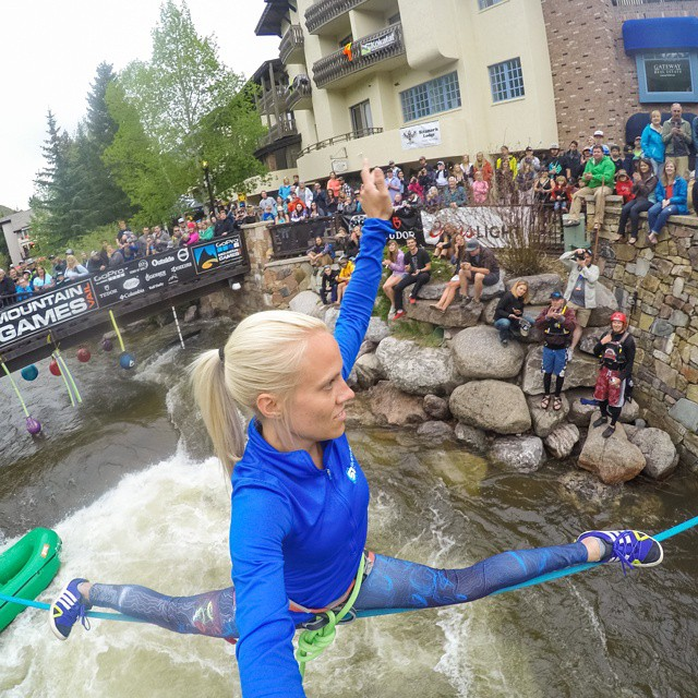 The tension rises as @slacklarsen focuses on her balance and the crowd on her at #GoProMtnGames #GoPro @slackind